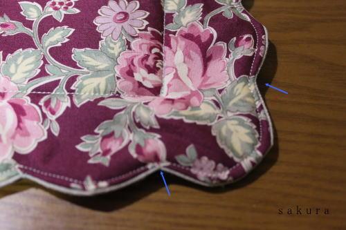 布小物縫い合わせ
