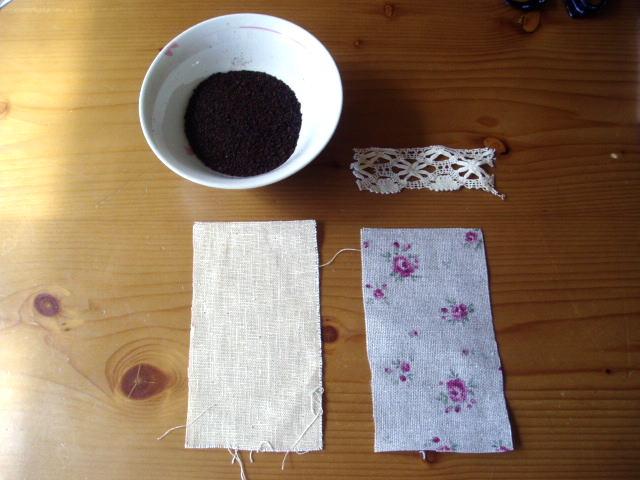 コーヒー豆のかすピンクッション作り方
